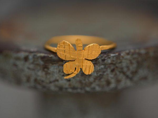 Χειροποίητο Ασημένιο Επίχρυσο Δαχτυλίδι Ριγέ Πεταλούδα