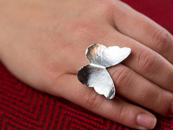 Χειροποίητο Ασημένιο Σφυρήλατο Δαχτυλίδι Μεγάλη Πεταλούδα