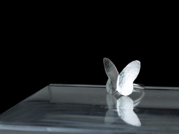 Χειροποίητο Ασημένιο Σφυρήλατο Δαχτυλίδι Μικρή Πεταλούδα